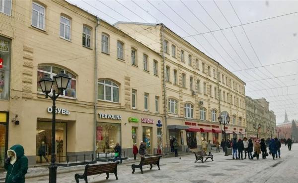 Торговая площадь на улице Никольской