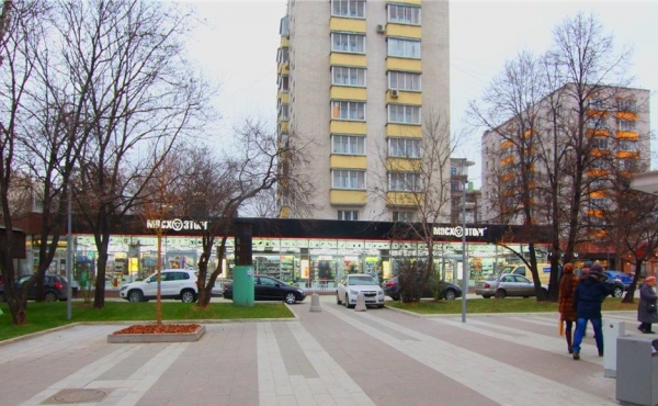 Торговая площадь на Зацепском валу