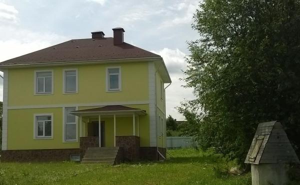Дом в деревне Поповка