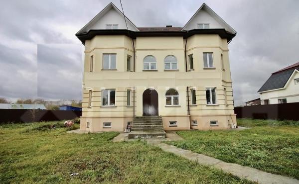Дом в деревне Михнево